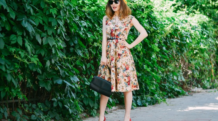 Flower dress & urban mess
